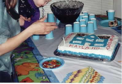 blue_house_cake_2.jpg